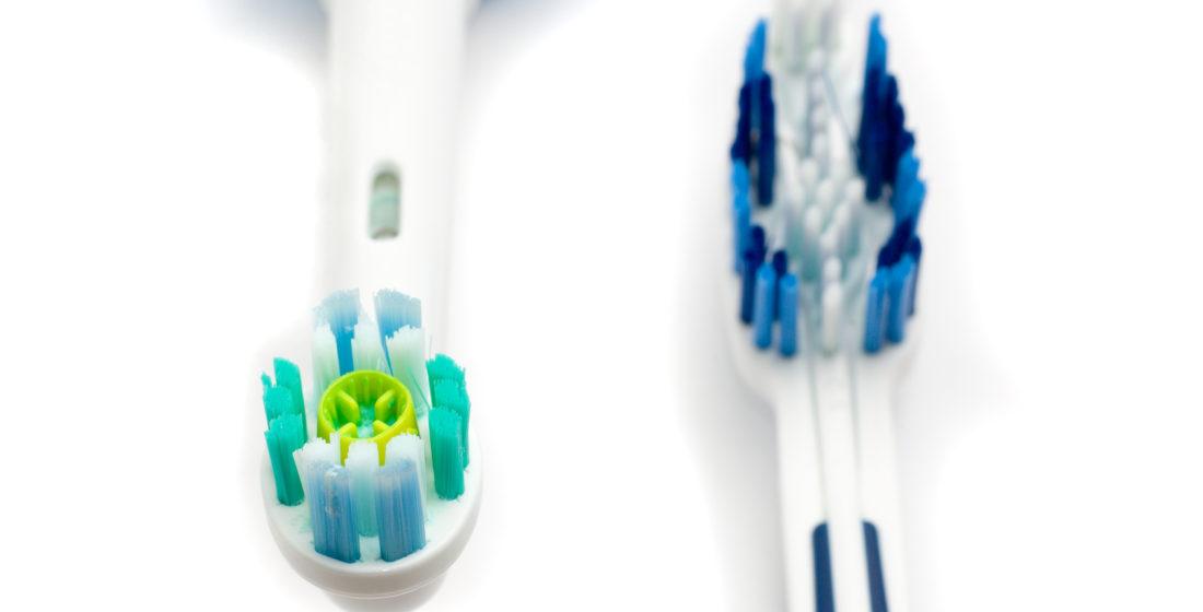 Periuta de dinti manuala - periuta de dinti electrica